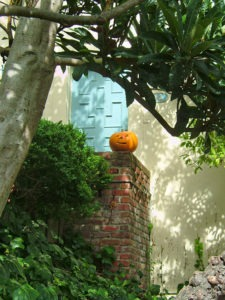 pumpkin in front of san francisco home