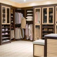 Moving Your Wardrobe the Easy Way